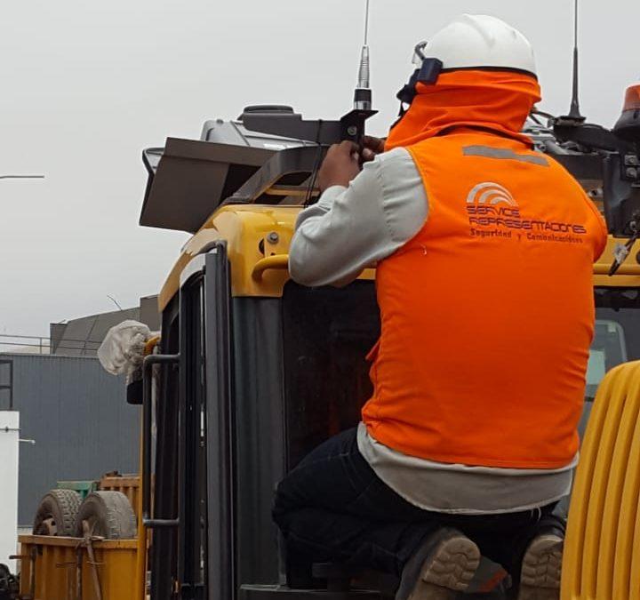 Instalando paneles de concreto en San Luis